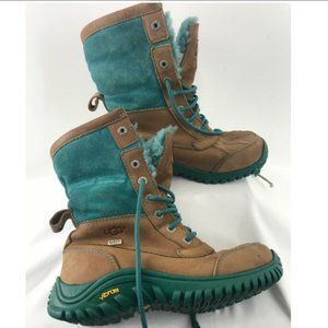 Ugg Lace-Up Green/Brown Suede Winter Boots